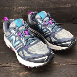 Women's New Balance 412 V3 Running Shows Size 8